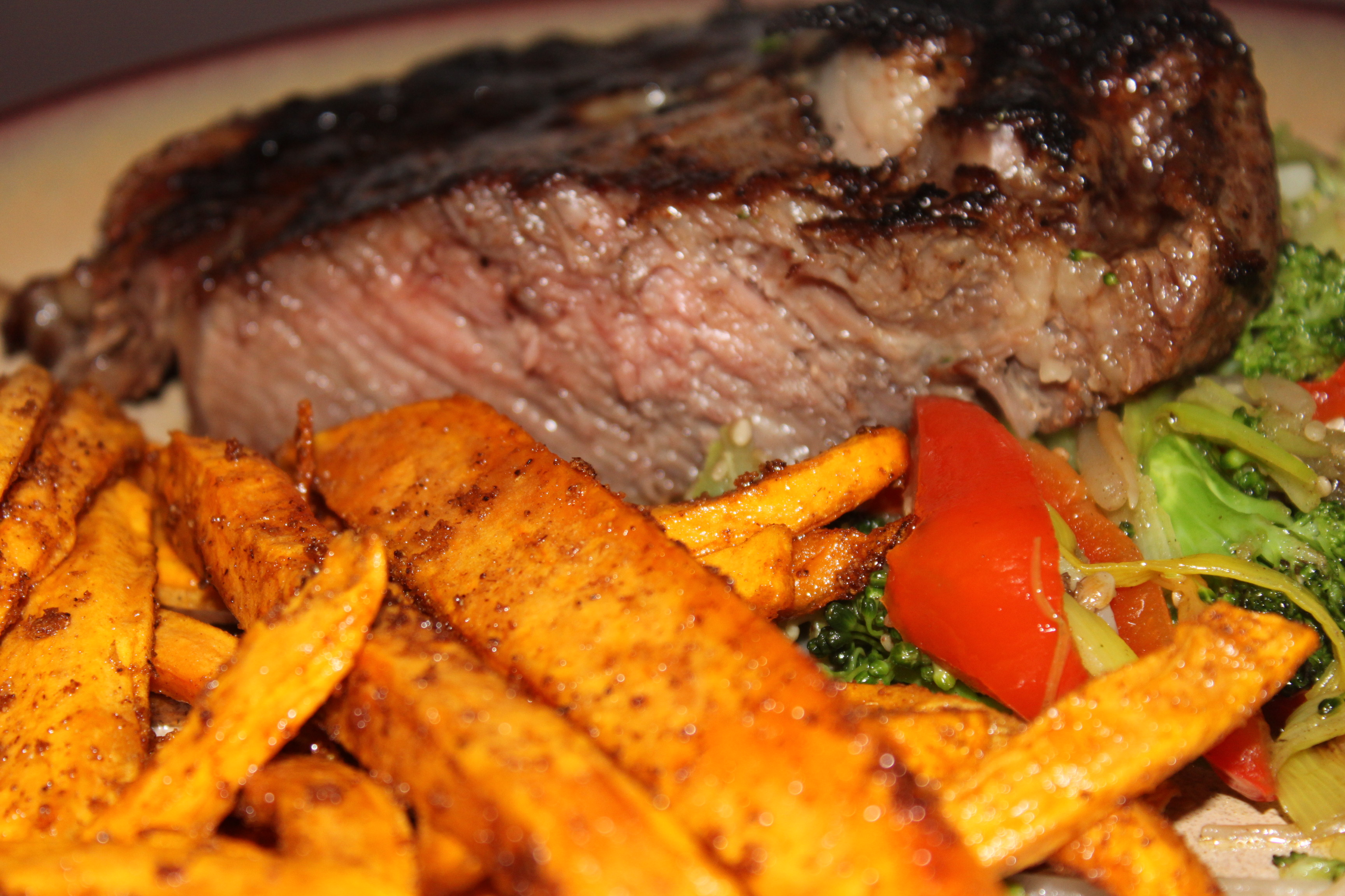 The Last Supper – Ribeye Steak with Sweet Potao Fries and a Vegetable Stir-Fry Medley